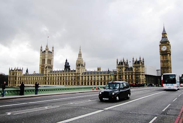 Parlamento británico. Foto © Patrick Mreyen