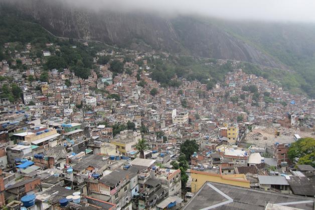 Favelas en Río de Janeiro. Foto © Patrick Mreyen