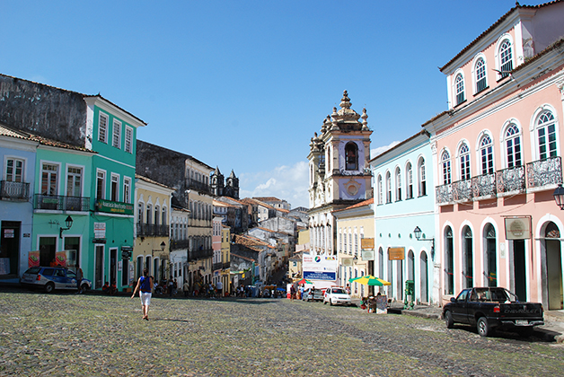 Barrio Pelourinho en el Centro Histórico de Salvador de Bahía. Foto © Patrick Mreyen