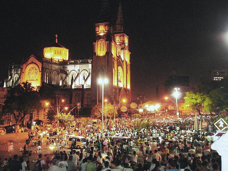 Catedral Metropolitana de Fortaleza. Foto tomada de Wikimedia Commons, fotógrafo: Celio Maielo