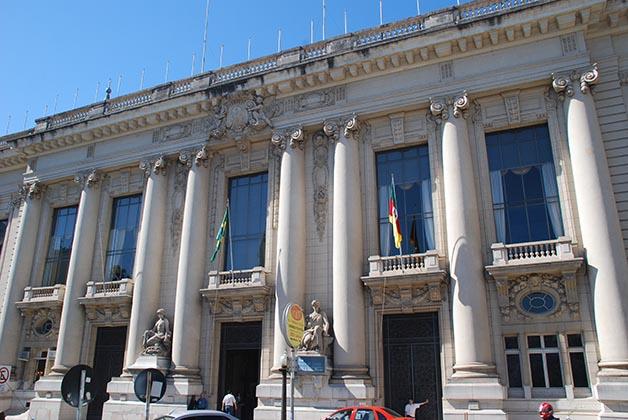 Paracio Piratini, sede de gobierno. Foto © Patrick Mreyen