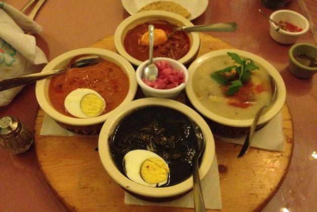 Platos típicos yucatecos en el restaurante La Chaya Maya en Mérida. Foto © Patrick Mreyen