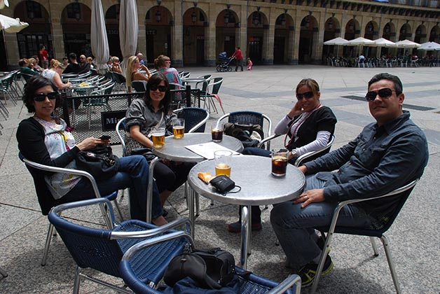 En San Sebastián con grandes amigos mexicanos. Foto © Patrick Mreyen