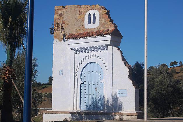 La puerta de entrada a Chefchaouen, representando la arquitectura de la ciudad. Foto © Silvia Lucero