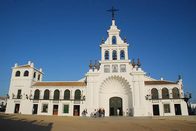 Santuario Nuestra Señora del Rocío. Foto © Silvia Lucero