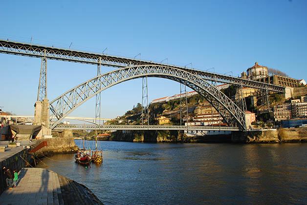 Puente de San Luis I. Foto © Patrick Mreyen