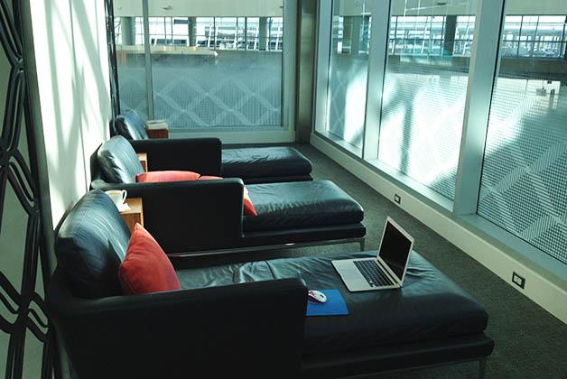 Ahí pasé algunas horas preparando uno de mis artículos, con WiFi gratis y en un sofá bastante cómodo. Foto © Silvia Lucero