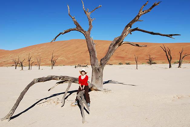 Deadvlei, un salar surreal lleno de árboles secos. Foto © Patrick Mreyen