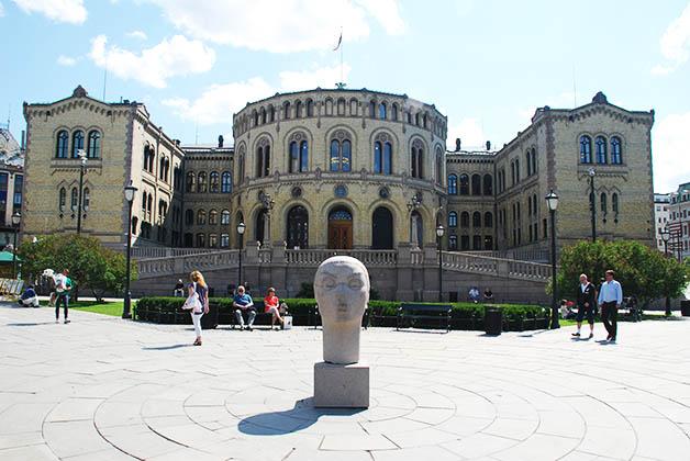 Edificio del Parlamento. Foto © Patrick Mreyen