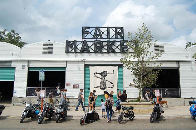 El show se realizó en el Fair Market al este de Austin. Foto © Silvia Lucero