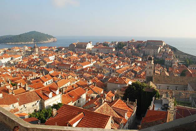Vistas desde la muralla en Dubrovnik. Foto © Silvia Lucero