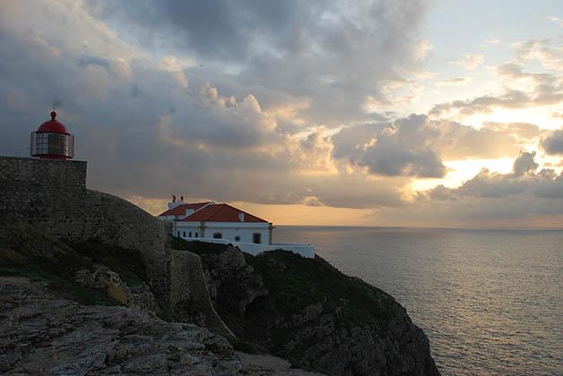 Atardecer en Cabo de San Vicente. Foto © Patrick Mreyen
