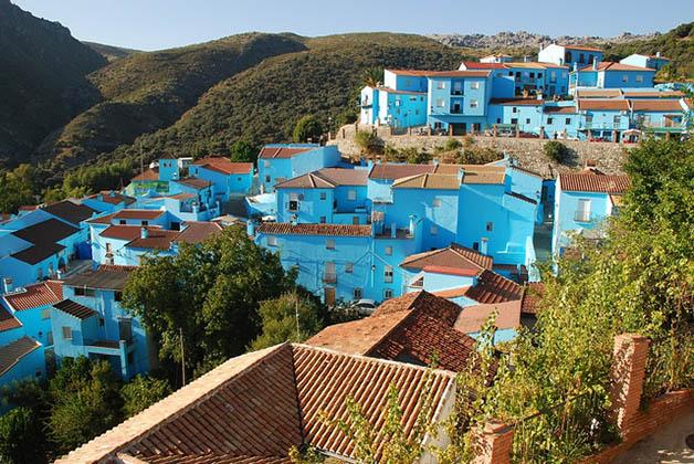 Júzcar, el pueblo pitufo a sólo una hora de Marbella. Foto © Patrick Mreyen