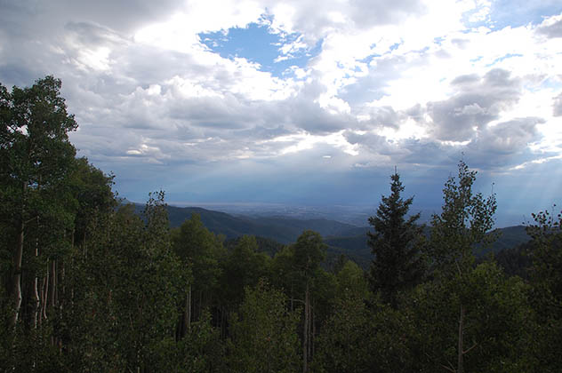 Vistas desde el esquí resort de Santa Fe. Foto © Patrick Mreyen.