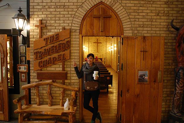 Y mientras yo rezaba en la capilla de los viajeros... Foto © Patrick Mreyen