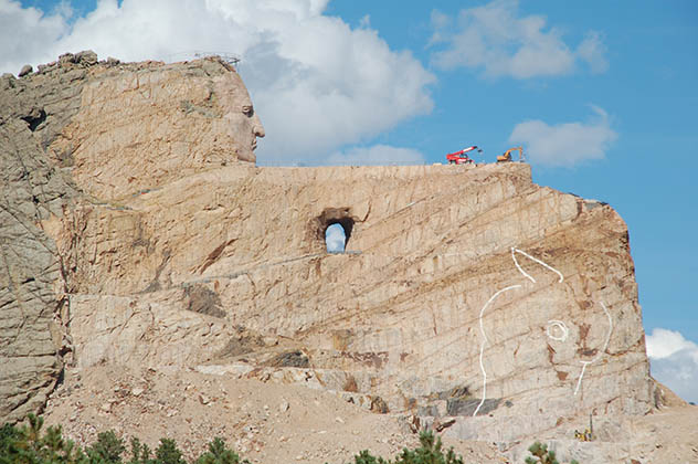 Monumento (todavía incompleto) a Crazy Horse. Foto © Patrick Mreyen