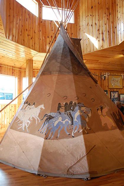 Ejemplo de un teepee en el museo. Foto © Patrick Mreyen