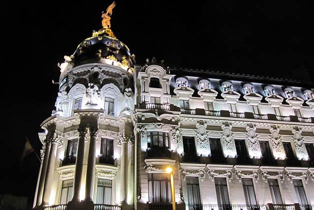 Edificio Metrópolis, uno de los más emblemáticos de la Gran Vía. Foto © Patrick Mreyen