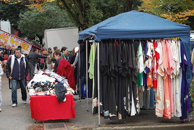 Nos tocó el mercado donde compramos kimonos que obviamente nunca usamos. Foto © Silvia Lucero