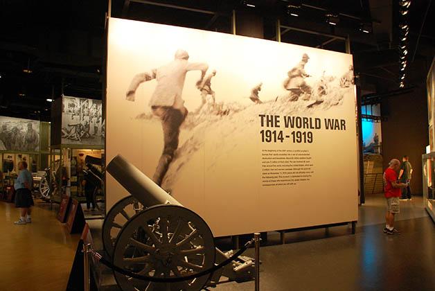 Museo y Monumento de la I Guerra Mundial en Kansas City, Missouri. Foto © Patrick Mreyen