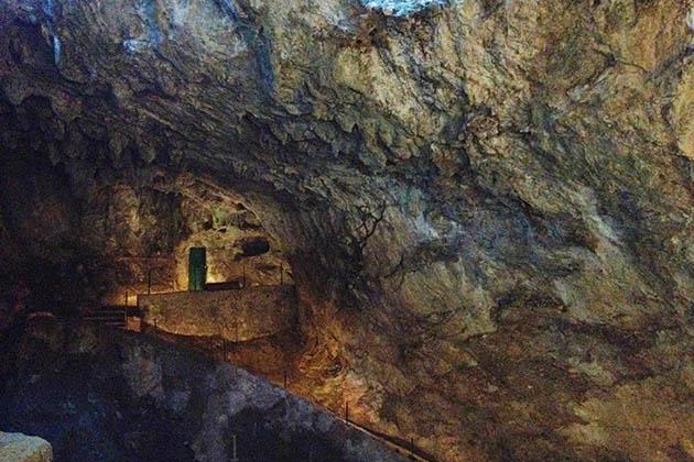 Cueva El Castillo. Foto © Patrick Mreyen