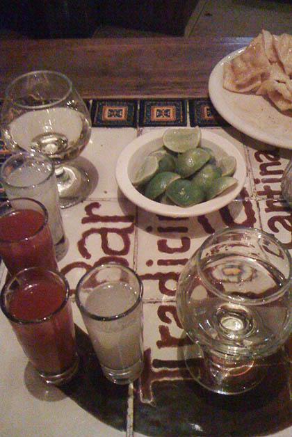 Tequilas para recordar (u olvidar). Foto © Silvia Lucero