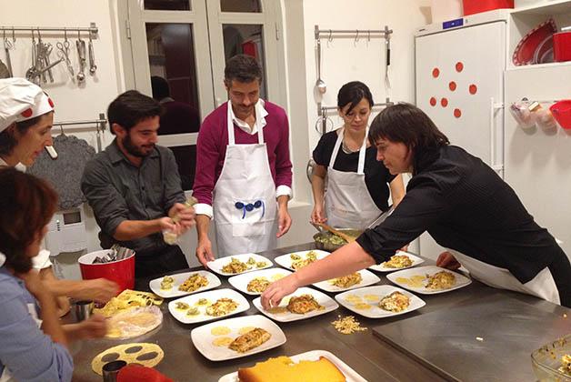 Cooking Málaga ofrece cursos súper divertidos de cocina. Foto © Patrick Mreyen