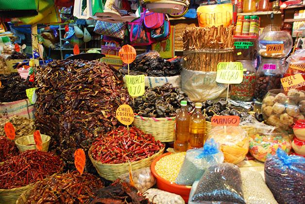 Mercado en Oaxaca. Foto © Silvia Lucero