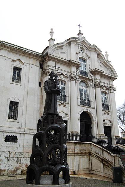 Iglesia de San Antonio. Foto © Silvia Lucero