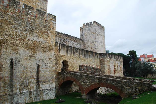 Castillo de San Jorge. Foto © Patrick Mreyen