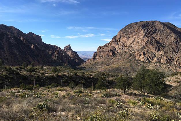 La Ventana y los montes Chisos. Foto © Silvia Lucero