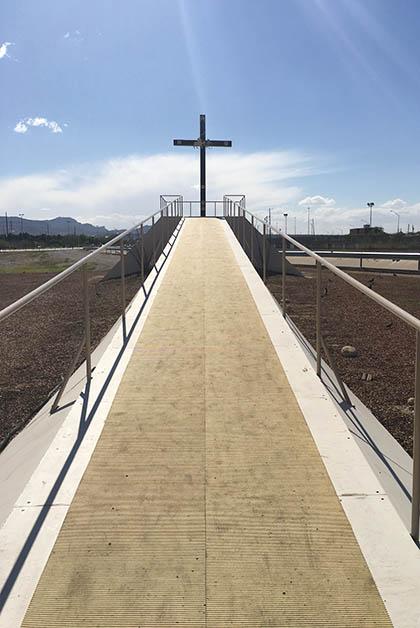 La Cruz del Migrante que bendijo el Papa. Foto © Silvia Lucero
