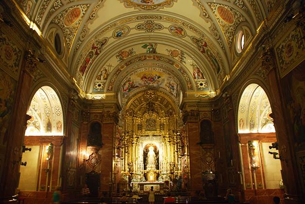 Basílica de la Virgen de la Macarena. Foto © Silvia Lucero