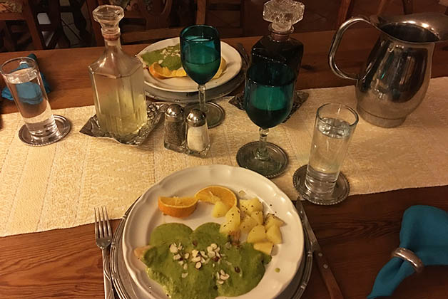 La cena la sirven en un comedor más formal. Foto © Patrick Mreyen