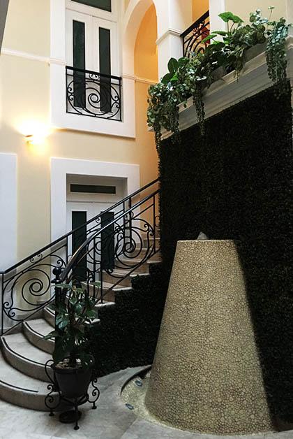 Hotel Nueva Luna en Puebla. Foto © Silvia Lucero
