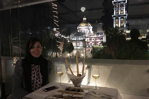 El restaurante del hotel Royalty tiene vistas preciosas de la Catedral. Foto © Patrick Mreyen