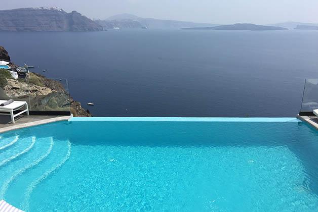 La piscina infinity. Foto © Silvia Lucero