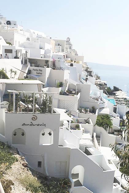 La hermosa ubicación del Andronis Honeymoon Suites. Foto © Silvia Lucero