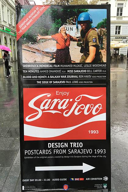 Cartel de exposición en Sarajevo. Foto © Patrick Mreyen