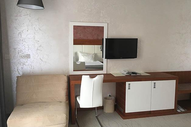 El cuarto estaba muy a gusto y con muebles contemporáneos. Foto © Silvia Lucero